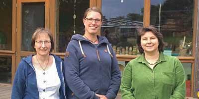 Team Krummbek (v.l.): Mona Groth, Inga Bock, Bianka Busch (Leitung)