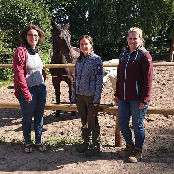 Team Tornesch (v.l.): Barbara Liebig (Leitung), Nicole Schumann, Pia Becker